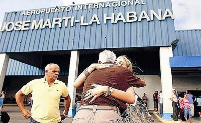 Ahora los cubanos pueden viajar sin restricciones