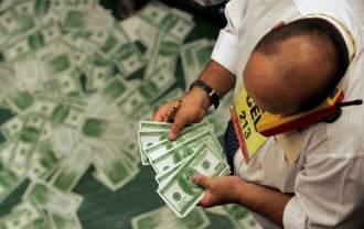 El dólar paralelo parece imparable y ya cuesta 7,52 pesos