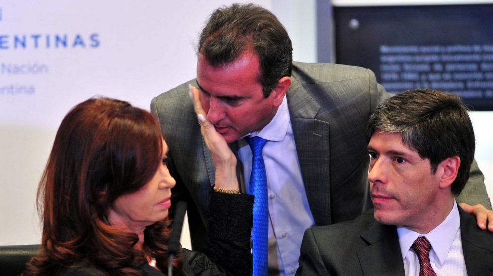 Quincho: Vendimia política, el 47, encuestas y chismes hot