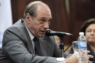 """Zaffaroni: """"Me entusiasma el debate sobre la reforma judicial"""""""
