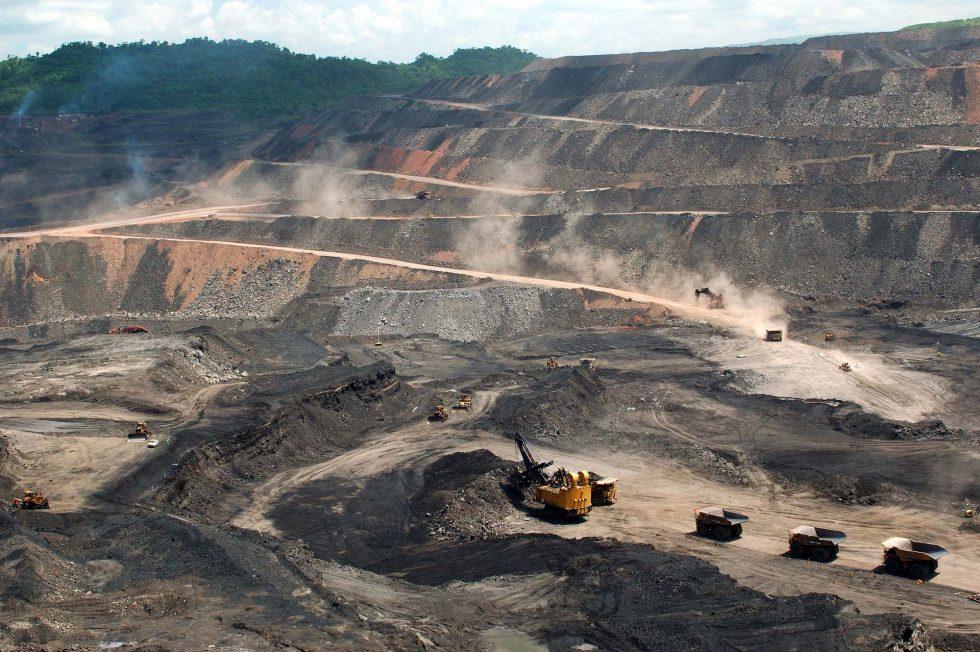 Resultado de imagen para explotacion minera en san rafael mendoza