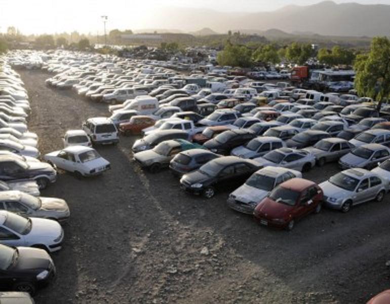 Seguridad compactará 1.400 vehículos en enero próximo
