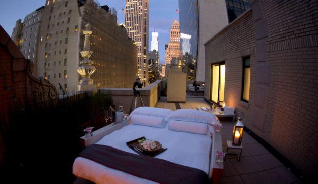 Dormir bajo las estrellas, tendencia en Nueva York