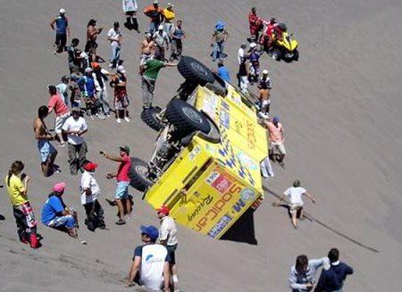 El Nihuil 2013, se dio vuelta un camión (Archivo)