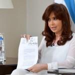 -.jpg. PRESIDENTA CRISTINA-CFK-GOBIERNO ARGENTINO-DISUELVE LA SECRETARIA DE INTELIGENCIA+