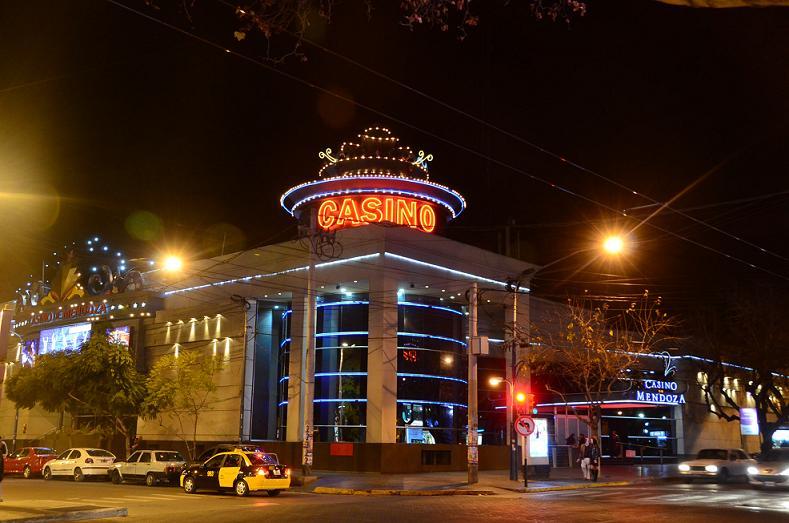 Paro en los casinos de Mendoza