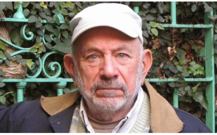 Briski, papá de mellizas a los 77 años