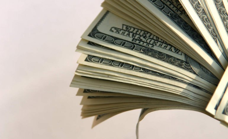 Suba de tasas en EE.UU. y Trump: vaticinan dólar fuerte y endeudamiento más caro para Argentina