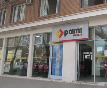 Farmacias advierten que en febrero no recibirán PAMI