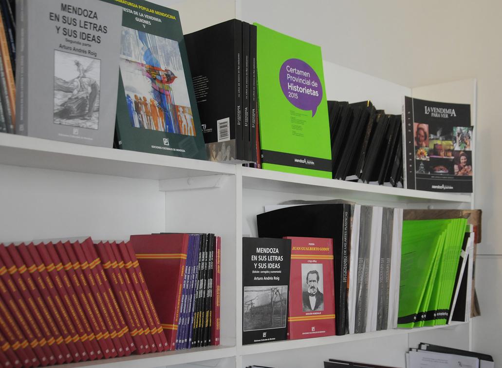 Cultura lanza Certamen Literario Vendimia 2016