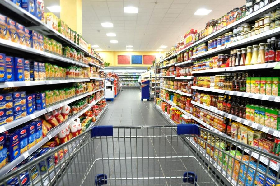Cayó el consumo masivo un 7,4%