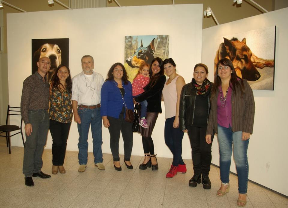 Inauguraron la muestra Perros Amigos de Ricardo Rosas