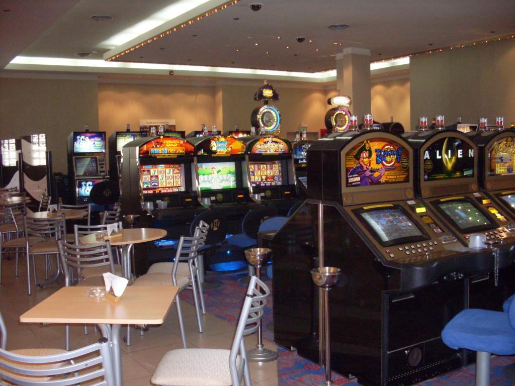 UPJCM apoya proyecto que elimina cajeros y débito de casinos privados