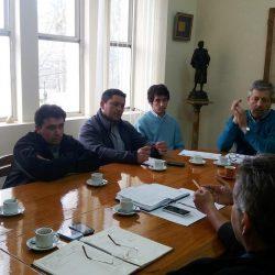 Reunión con productores de vinos caseros y artesanales