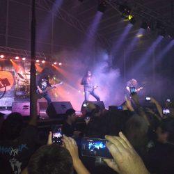 Excelente noche de Heavy Metal con Malón