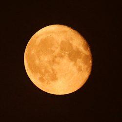 El mundo se prepara para ver la mayor superluna de los últimos 70 años