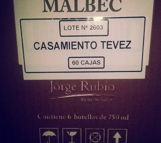 """Tevez brindó en su casamiento con el Malbec alvearense """"Jorge Rubio"""""""