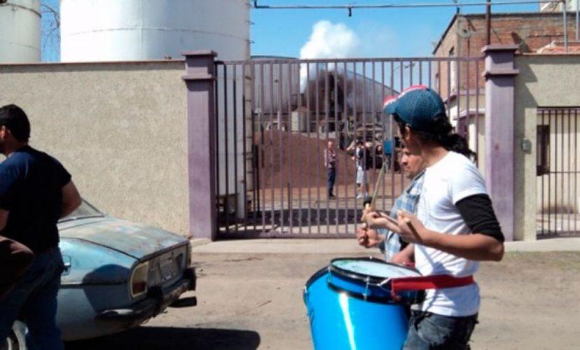 Mendoza: vaciamiento, cierre y despidos masivos en una aceitera