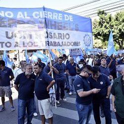 Cerró la última fábrica de llantas de la Argentina
