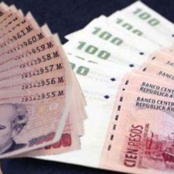 Los bancos cobrarán 1% por depósitos en efectivo desde marzo a las empresas