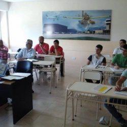 Inició curso de piloto comercial en San Luis