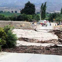 Cerca de 2000 personas aisladas en Termas del Flaco en Chile