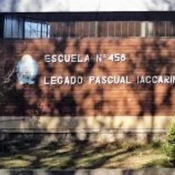 Preocupa posible fusión de las escuelas Iacarini y Correas