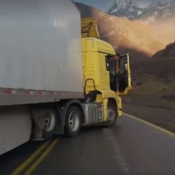 Video: camionero chileno agrede a turista mendocino