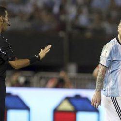La FIFA sancionó a Lionel Messi con 4 partidos