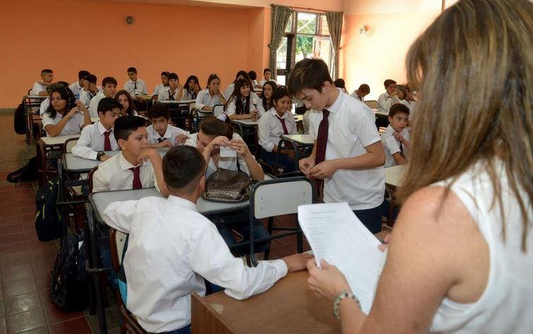 Formación para profesores de secundaria sin título docente