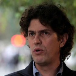 Tras la renuncia, Lousteau evitó referirse a la compra de armas