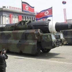 El Ejército norcoreano mostró su arsenal armamentístico