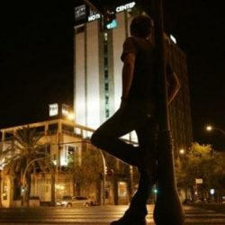 México: aumenta la prostitución masculina por la crisis