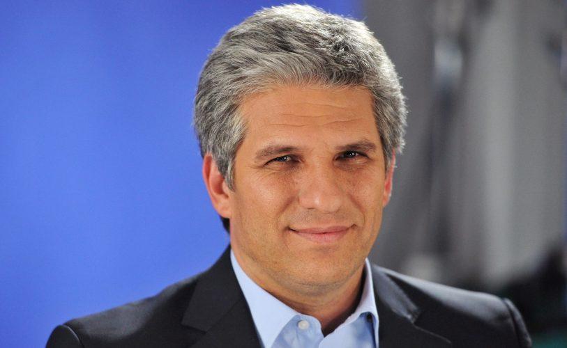Ex gobernador de San Luis atrincherado en Tribunales