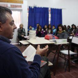 Periodistas y escritores mendocinos acercan la obra de Di Benedetto a alumnos de escuelas secundarias