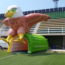 Mangas inflables: generan un negocio millonario a los clubes de fútbol