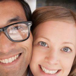 Estudian parejas que suben sus fotos a las redes sociales
