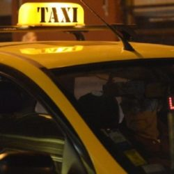 Taxis: piden aumento