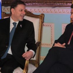 Macri echó al embajador argentino en Paraguay
