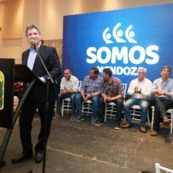 """Unidad de """"Somos Mendoza"""" en la presentación de Omar Félix"""