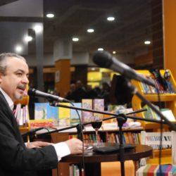 Tangos y Falsas Promesas en la Feria del Libro de Tierra del Fuego