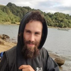 Imágenes del cuerpo hallado en el Río Chubut
