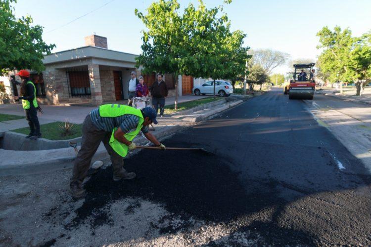 A fin de 2018 estará asfaltado entre las dos rotondas y de Urquiza a Los Sauces