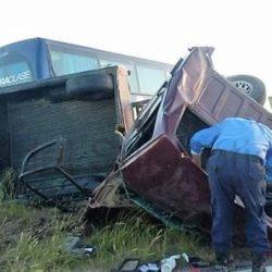 Murió al colisionar su camioneta con un colectivo de Andesmar