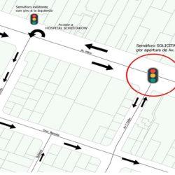 Solicitan semáforo con giro a la izquierda en avenida Mitre y Colón