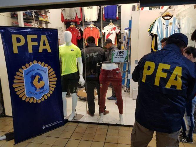 La Federal secuestró ropa trucha por 500 mil pesos