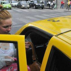 Primavera: taxis con karaoke en Buenos Aires