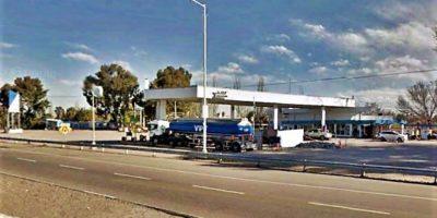 Camión con combustible en emergencia en Alvear