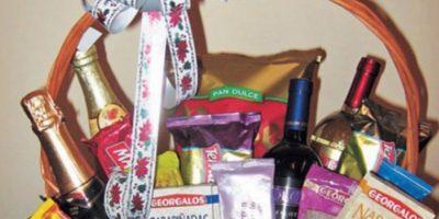 Vinos, sidras y espumantes, lo más caro de la canasta navideña