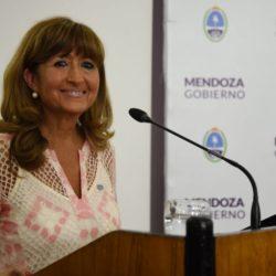 Nélida Crescitelli es la ministra de Salud, Desarrollo Social y Deportes